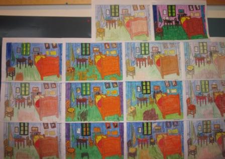 13. Pannello 3 con stanze di Van Gogh colorate con pastelli, pennarelli, pastelli a cera.
